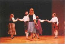 RSCDS members dancing